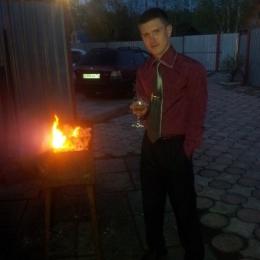 Парень из Москвы. Ищу пошлую девушку для секса